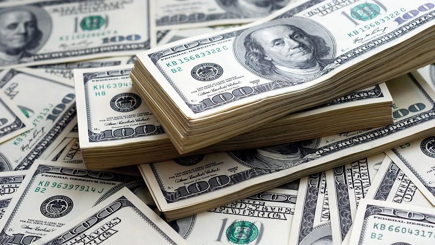 MW EY056 dollar 20161017211422 ZH - چرا شاخص دلار در بازارهای مالی بین المللی اهمیت دارد؟
